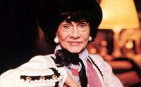 В 1910-е годы мадемуазель Шанель произвела настоящий бум в моде, начав...
