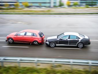 Новый Mercedes-Benz S-класс будет беспрецендентным по числу электронных помощников