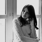 Anna Vovchok фото
