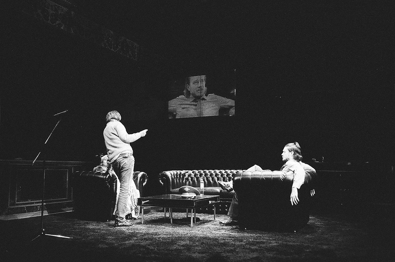 На следующий день после премьеры «Карамазовых» Константин Богомолов едет выпускать «Лед» по Сорокину в варшавском Национальном театре, а 1 марта на малой сцене МХТ покажут его первую работу в опере — «Триумф Времени и Разочарования» Генделя