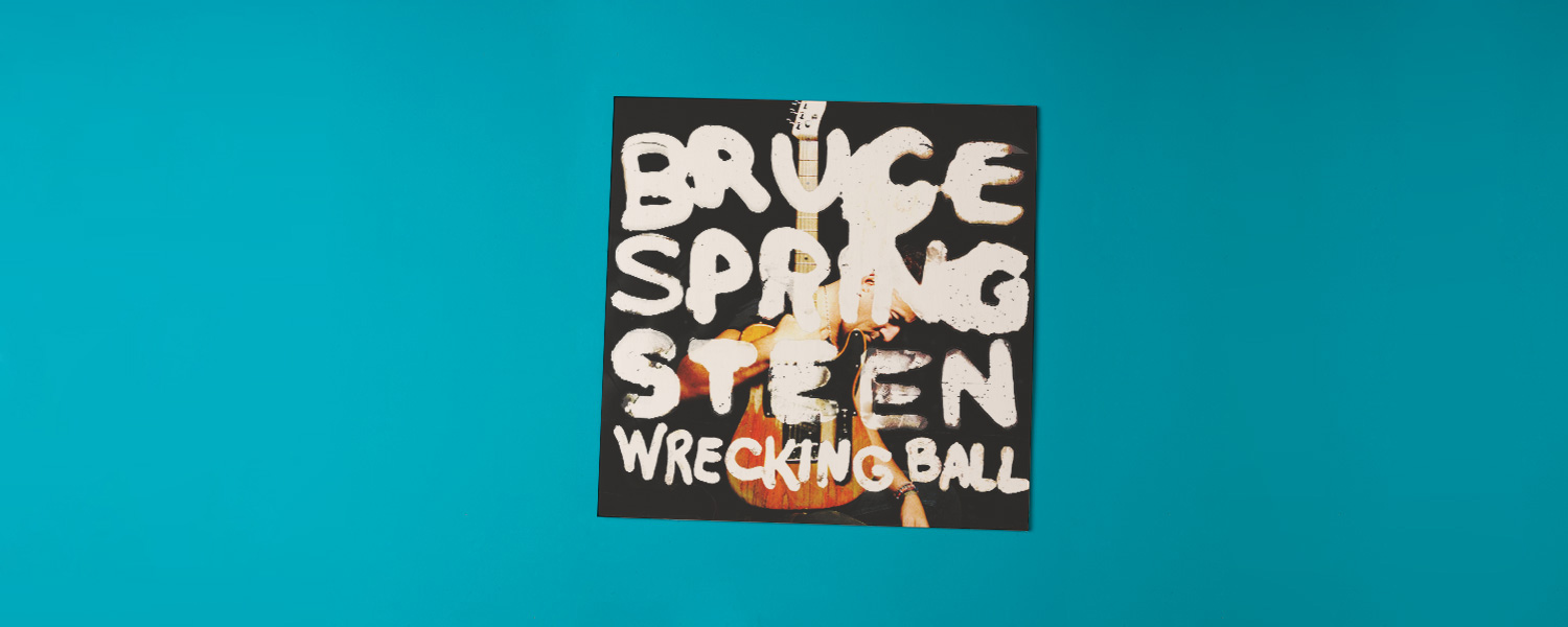 «Wrecking Ball» (2012)