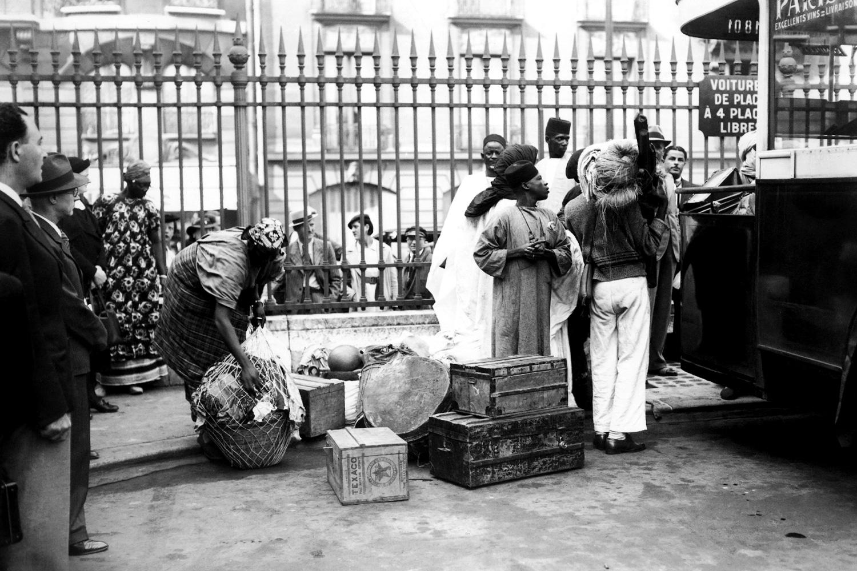 Африканские мигранты в Париже, 1937 год