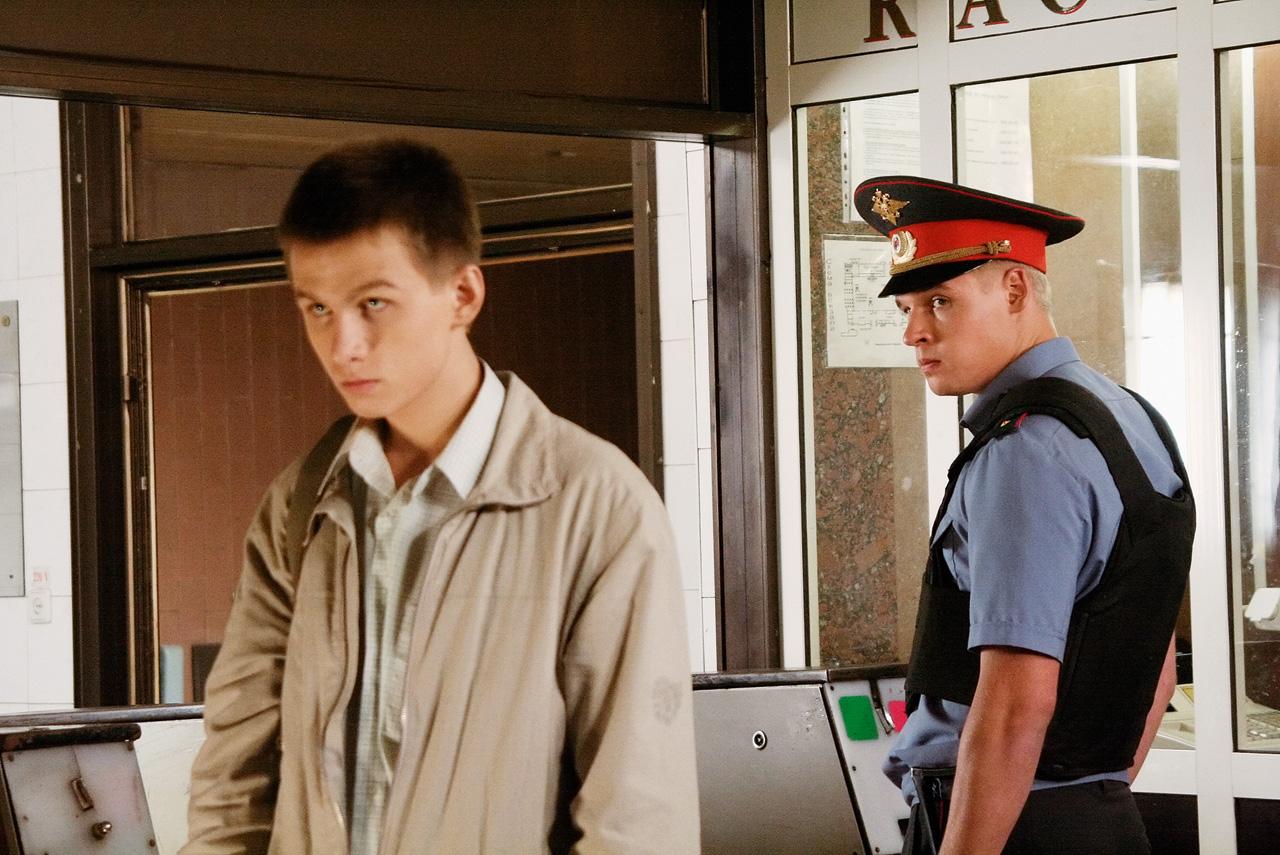 В некотором смысле «Кремень» является ремейком «Плюмбума» Вадима Абдрашитова в контексте милицейских реалий современной России