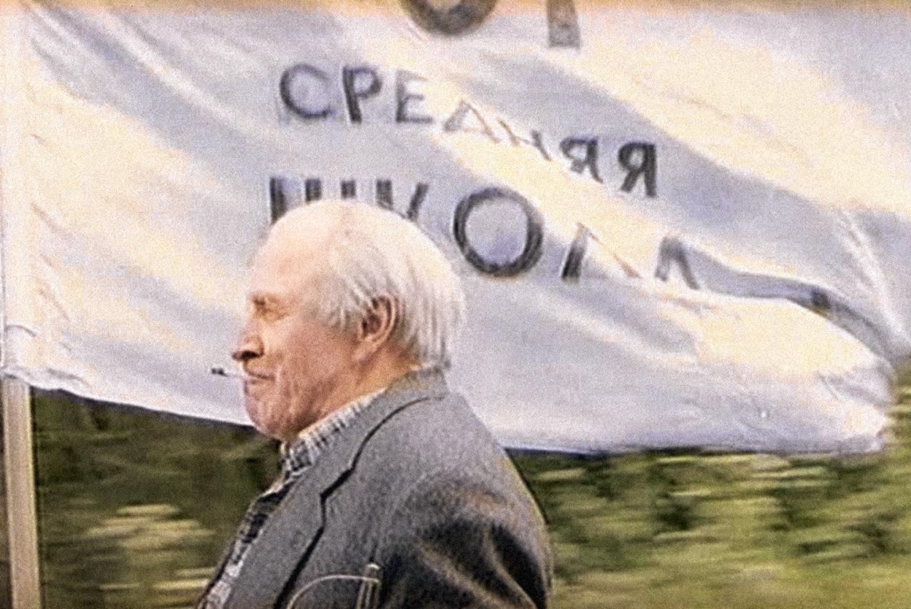 Михаил Ульянов в фильме «Все будет хорошо» сыграл ветерана-инвалида, который готов на самые неожиданные свершения ради осуществления давней мечты. Как и остальные герои картины