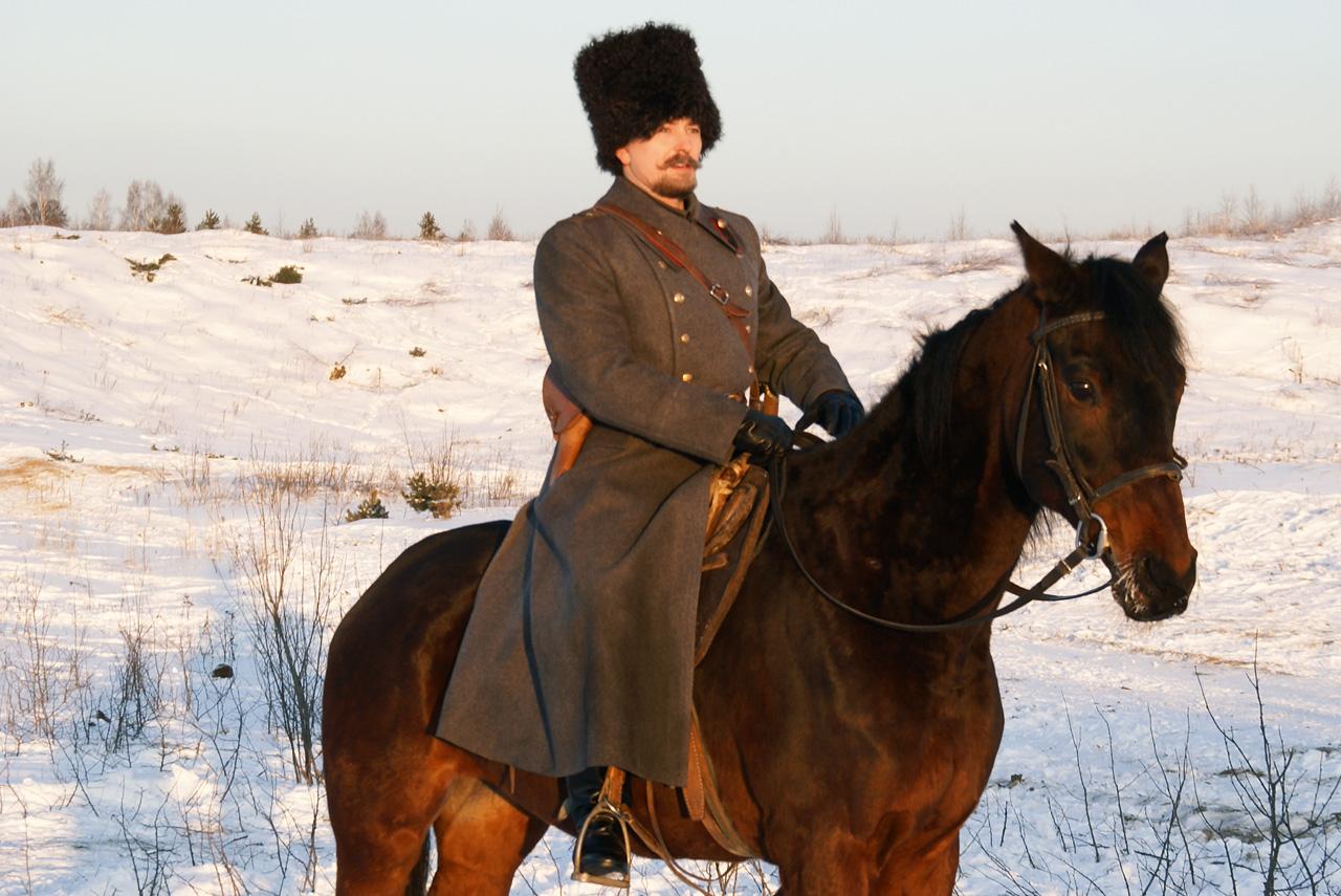 Как ни странно, именно «Адмирал» впервые в мейнстримовом постсоветском кино вывел в качестве героя белого генерала