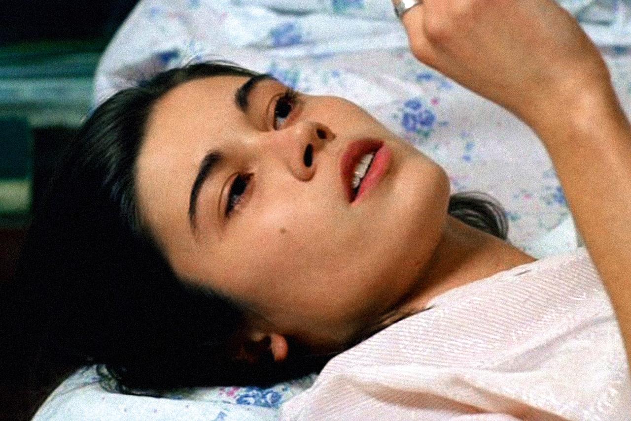 Трагикомедия Геннадия Островского «Солдатский декамерон» получила главный приз на Всероссийском конкурсе сценариев в 1998 году. Но фильм по нему удалось снять лишь спустя семь лет