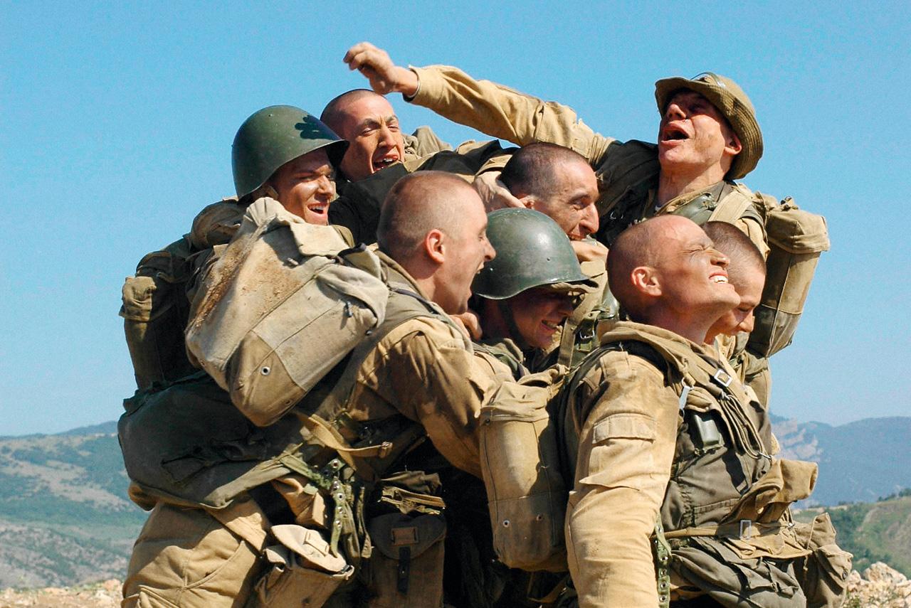 «9 рота» — довольно личная история для Федора Бондарчука. Он принадлежит к поколению призывников, попавших на афганскую войну