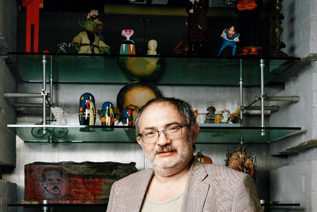 В последние годы Марат Гельман много занимался культурной политикой в регионах: делал Музей современного искусства в Перми и курировал проект гуманитарного «Сколково» (впрочем, о последнем давно ничего не слышно)