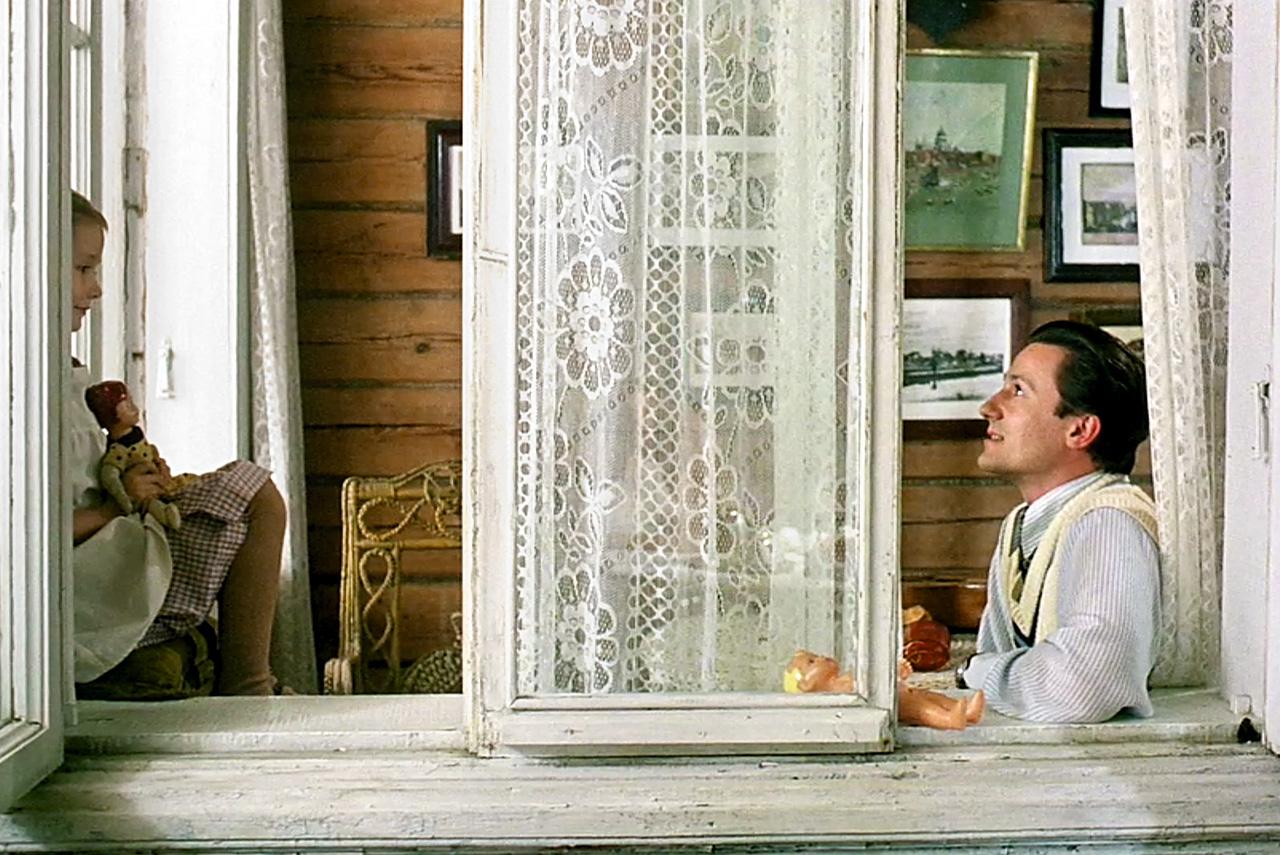 «Утомленные солнцем» предельно наглядно показали столкновение русской дореволюционной усадебной культуры с послереволюционной культурой спецслужб