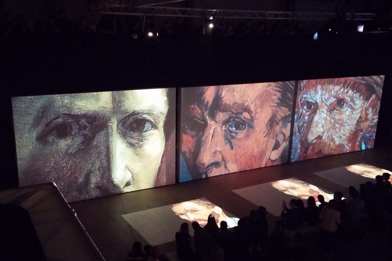 Во время выставки «Van Gogh Alive» изображения оживают