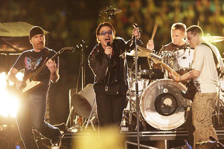 U2 в перерыве Супербоула