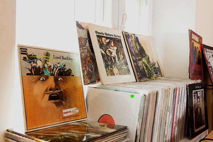Альбом американского комика Лорда Бакли «A Most Immaculately Hip Aristocrat», 1970 год.