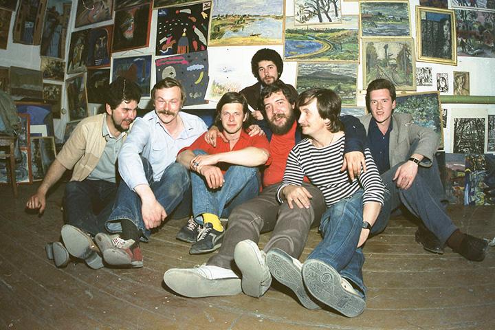 С митьками дружили многие выдающиеся люди своего времени — в частности Борис Гребенщиков (в центре)