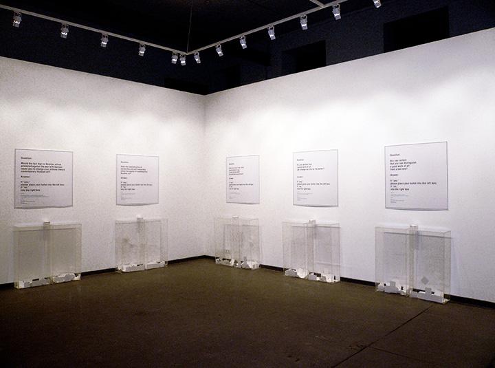 «Московский выбор» — ремейк культовой работы «МоМА Poll» Ханса Хааке: поскольку в нашем искусстве своего Хааке не было, Альберт решил им стать