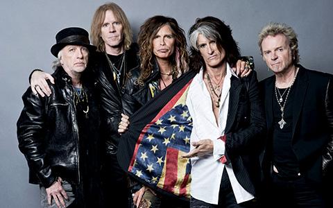 Воссоединившиеся Aerosmith в «Олимпийском»
