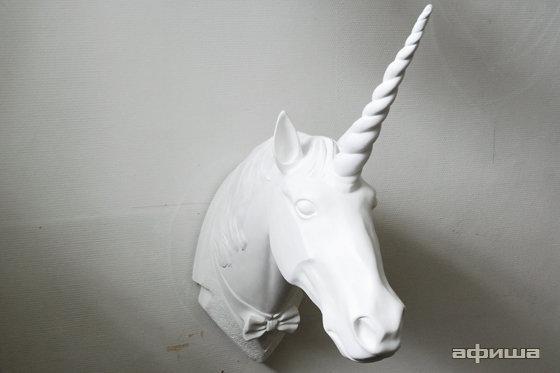 Как сделать для лошади рог единорога