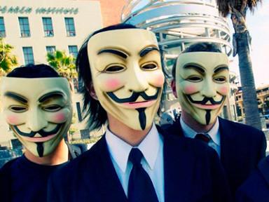 «Анонимусы» угрожают российскому правительству