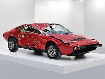 Разбитый Ferrari Dino GT4, проданный на FIAC. Фото FIAC