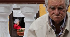 ПФР обнаружил нехватку средств на единовременную выплату пенсионерам