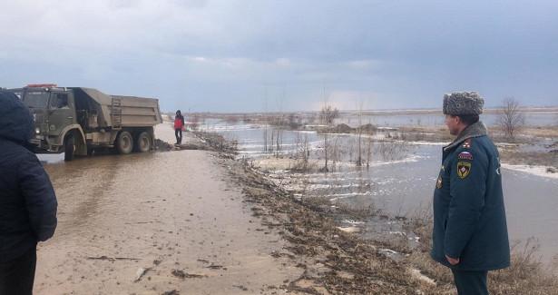НаАлтае остается закрытой одна подмытая паводком дорога
