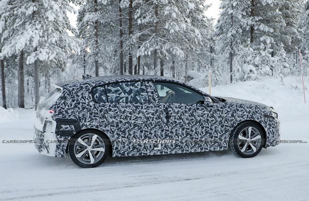 Абсолютно новый Peugeot 308вышел назимние тесты