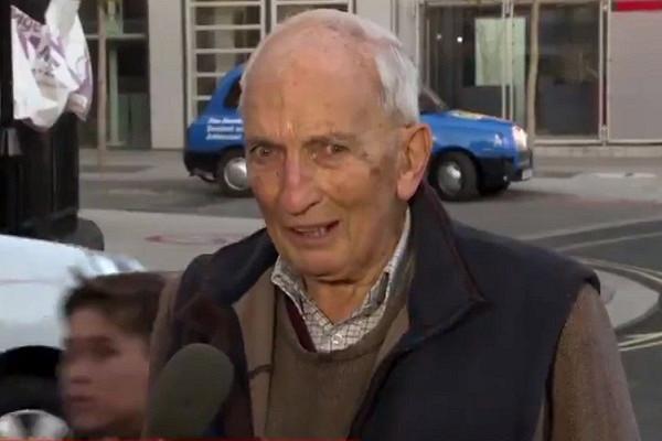Пенсионер пожаловался нажизнь истал знаменитым