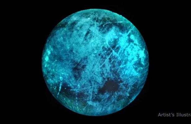 Спутник Юпитера светится втемноте