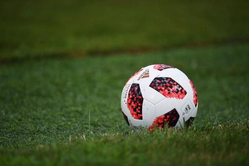 Футболиста дисквалифицировали задемонстрацию ягодиц