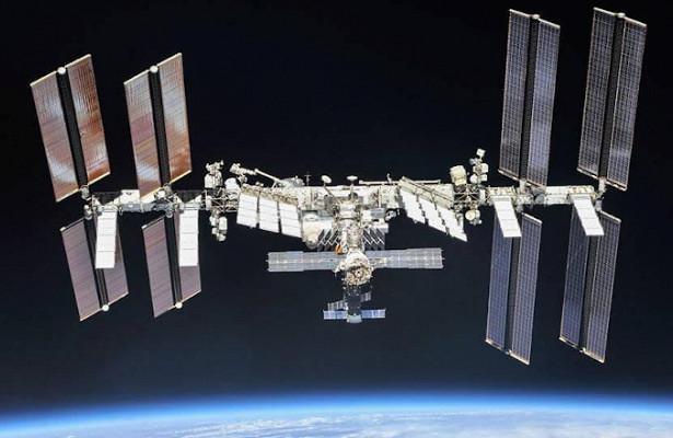 Когда Россия отправит наМКСкосмических туристов