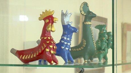 Пензенцев намастер-классе научили лепить абашевские игрушки