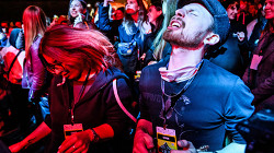 Пандемия лишила музыкантов денег. Как они пытаются выжить