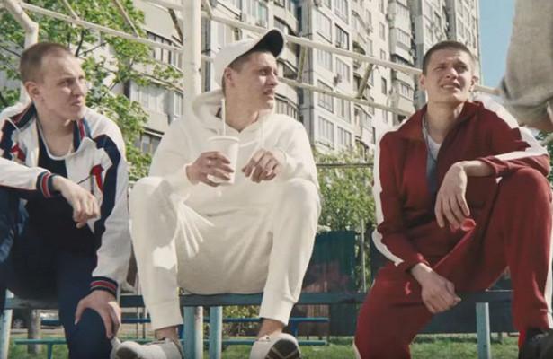 ГайРичи снял рекламу оРоссии, гопниках, футболе инаушниках Beats