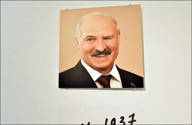 «Одержимый дьяволом диктатор, убийца имучитель» Лукашенко предан анафеме