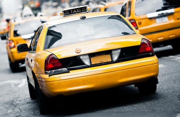 Автокод назвал самый проблемный автомобиль после такси