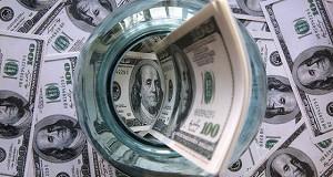 Доллар в Туркмении с 1 января подорожал почти на четверть