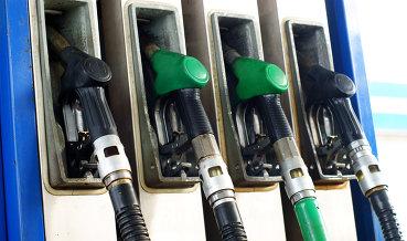 ФАС: повышение цен на топливо возможно, но острой опасности нет