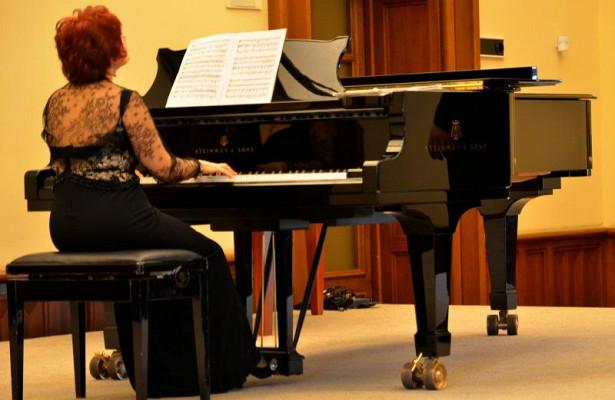 Концерт коднюрождения известного пианиста пройдет врайоне