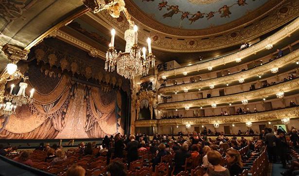 Театральные премьеры октября: «Сережа» и«Путешествие стетушкой»