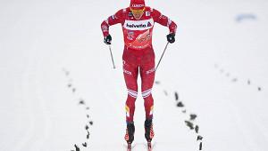 Российских лыжников лишили бронзы из-занеспортивного поведения Большунова