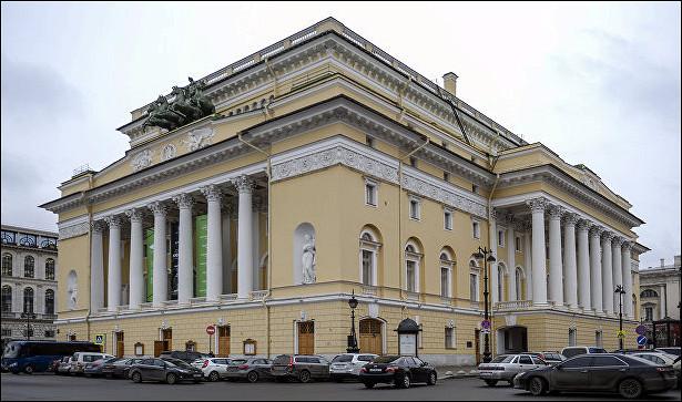 Биография Рината Досмухамедова