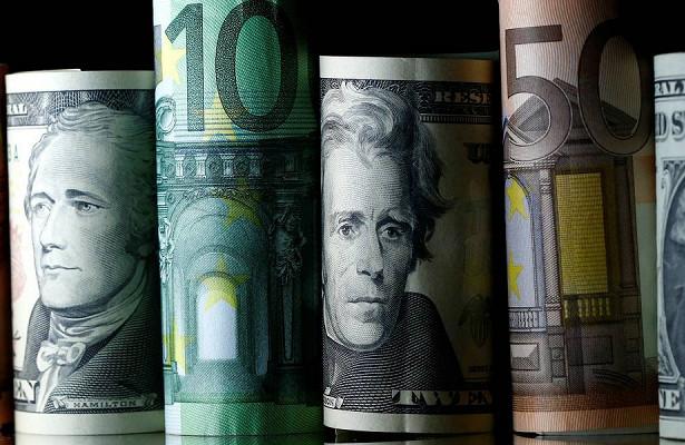 Минфин возобновит покупку валюты