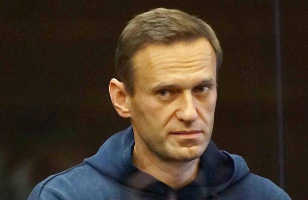 Навальный примет участие вдвух заседаниях суда задень