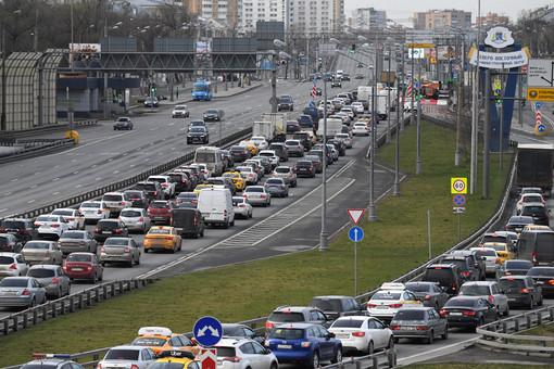 Москвичей предупредили о8-балльных пробках