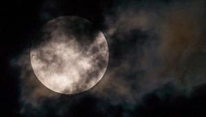 Китайский зонд готовится кпосадке наЛуну