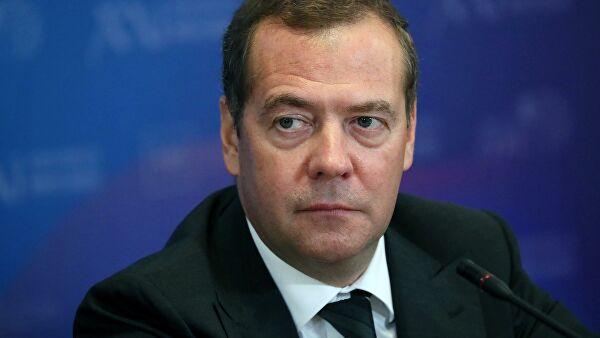 Медведев сравнил начало пандемии сострашным голливудским фильмом