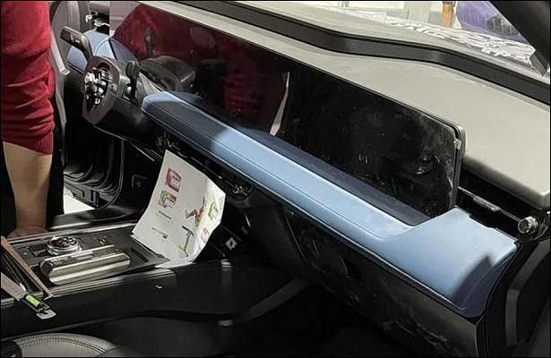 Новый Ford Mondeo удивит экраном вовсюширину передней панели