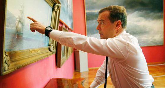Медведев признал отсутствие денег на индексацию пенсий