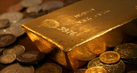 Крупные банки не дают расти ценам на золото