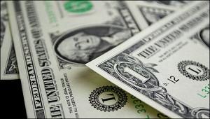 Курс доллара к евро падает