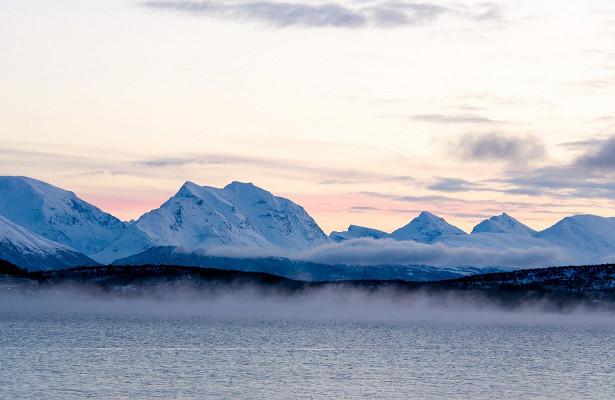 Туристам запретили запускать беспилотники вАрктике